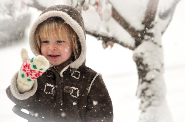 Elia Shoveling Snow 2015-5